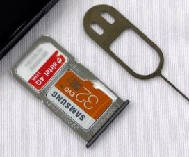 two-sims-microsd-card-together-on-redmi note 3
